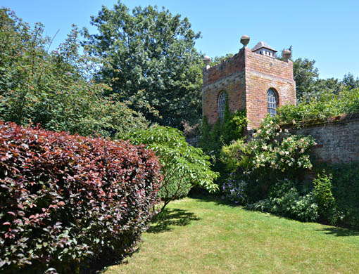 Stone House Cottage Gardens & Nursery