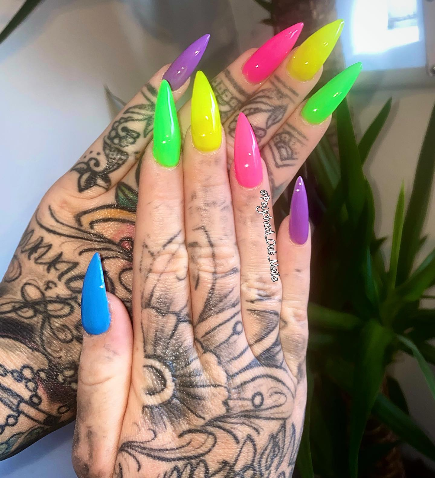 Psyched Out Nails